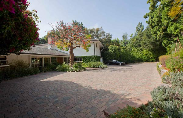 The driveway outside Elizabeth Taylor's Bel Air home is seen in this photo provided by David Mossler of Teles Properties, Beverly Hills.