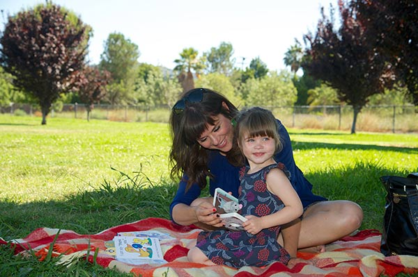 "<div class=""meta ""><span class=""caption-text "">Tiffani Thiessen (of 'Saved By The Bell,' 'Beverly Hills, 90210' fame') and daughter Harper enjoy an afternoon reading Parragon's Little Learners books in Los Angeles, California on July 11, 2013. (Thumper Duvall / WireImage)</span></div>"