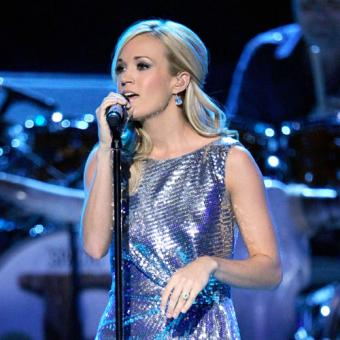 Carrie Underwood singing at a 'Brooks and Dunn Special.'