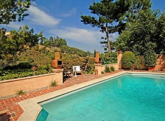 The pool outside Estella Warren&#39;s Beverly Hills home. The actress listed the property for sale in May 2011 for almost 1.4 million. <span class=meta>(Sotheby&#39;s International Realty &#47; Brett Lawyer &#47; brettlawyer.com)</span>