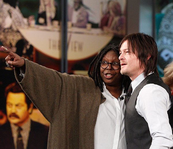 "<div class=""meta image-caption""><div class=""origin-logo origin-image ""><span></span></div><span class=""caption-text"">Norman Reedus, who plays Daryl Dixon on AMC's 'The Walking Dead,' appears with co-host Whoopi Goldberg on the ABC show 'The View' on Nov. 26, 2013. Also pictured: Co-host Sherri Shepherd and guest co-host Karla Martinez (ABC / Lou Rocco)</span></div>"