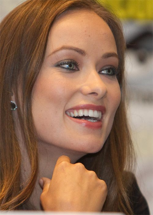 Olivia Wilde says that she loves mascara and that if she ever needs to draw attention away from some &#39;hormone-induced acne&#39; on her chin, it&#39;s her go-to tool.&#40;Pictured: Olivia Wilde appears in a photo from Comic-Con 2010, which took place in San Diego, California.&#41; <span class=meta>(flickr.com&#47;photos&#47;ygx&#47;)</span>