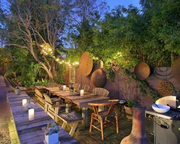The outdoor patio and dining area at Olivia Wilde's Venice beach house, which is on the market for $3 million.