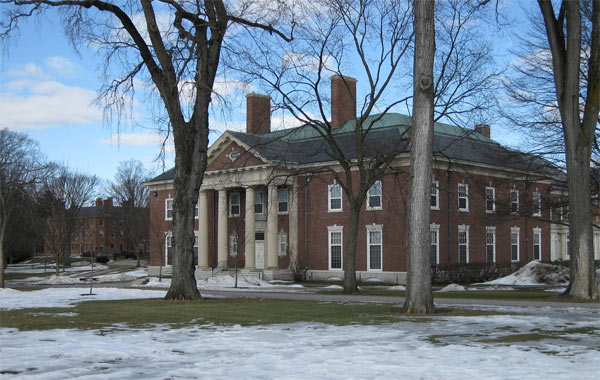 Olivia Wilde graduated from Phillips Academy, a high school in Andover, Mass., in 2002.&#40;Pictured: A photo of Phillip&#39;s Academy in Andover, Mass., taken in in 2008.&#41; <span class=meta>(flickr.com&#47;photos&#47;ethomsen&#47;)</span>