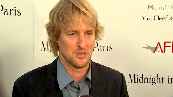 Owen Wilson talks to OnTheRedCarpet.com at the Hollywood premiere of 'Midnight in Paris.'
