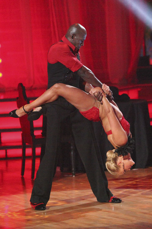 Football star Donald Driver and his partner Peta Murgatroyd received 27 out of 30 points from the judges for their Argentine Tango on week five of &#39;Dancing With The Stars,&#39; which aired on April 16, 2012. <span class=meta>(ABC)</span>