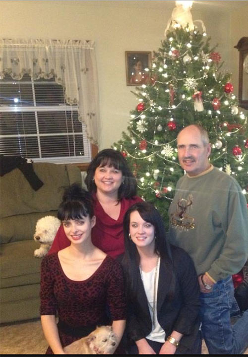 Krysten Ritter of ABC's 'Don't Trust the B---- in Apt. 23' shared this photo on Dec. 24, 2012, Tweeting: 'Merry Xmas from the Ritters :)'