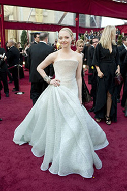Academy Award presenter Amanda Seyfried arrives at the 82nd Annual Academy Awards at the Kodak Theatre in Hollywood, CA, on Sunday, March 7, 2010. <span class=meta>(Matt Petit &#47; &#38;copy;A.M.P.A.S.)</span>