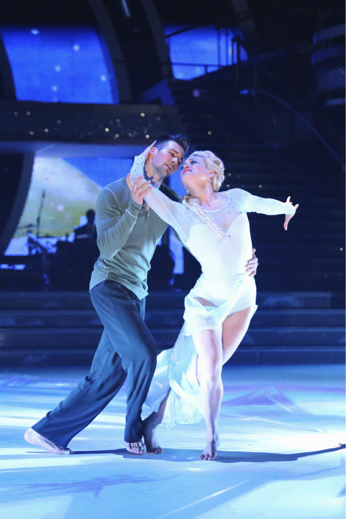 "<div class=""meta ""><span class=""caption-text "">James Maslow and Peta Murgatroyd perform a 'Frozen'-themed Contemporary routine on week 5 of 'Dancing With The Stars' on April 14, 2014. They received 40 out of 40 points from the judges for their dance. (ABC Photo / Adam Taylor)</span></div>"
