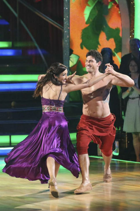 "<div class=""meta ""><span class=""caption-text "">Meryl Davis and Maksim Chmerkovskiy perform a 'Jungle Book'-themed Samba on week 5 of 'Dancing With The Stars' on April 14, 2014. They received 36 out of 40 points from the judges for their dance. (ABC Photo / Adam Taylor)</span></div>"