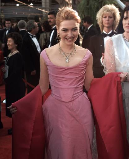 "<div class=""meta image-caption""><div class=""origin-logo origin-image ""><span></span></div><span class=""caption-text"">Kate Winslet, at her first Oscar appearance, arrives at the 68th Annual Academy Awards in Los Angeles, Monday, March 25, 1996. She is up for Best Supporting Actress for her part in 'Sense and Sensibility.'  (AP Photo/Mark Terrill)</span></div>"