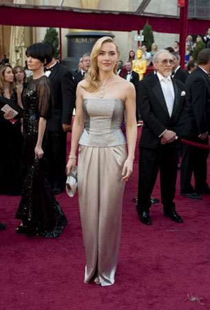 Academy Award presenter Kate Winslet arrives at the 82nd Annual Academy Awards at the Kodak Theatre in Hollywood, CA, on Sunday, March 7, 2010. <span class=meta>(Matt Petit &#47; &#38;copy;A.M.P.A.S.)</span>