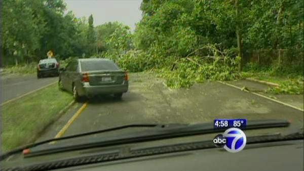 Strong storm rocks Long Island and Conn.