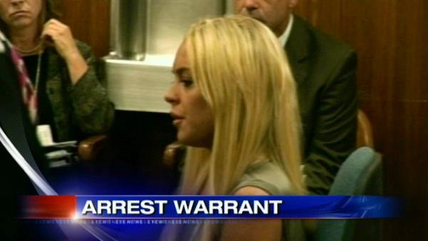 Arrest warrant issued for actress Lindsay Lohan