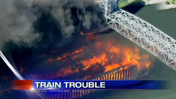 Fire brings Metro North trains to a halt