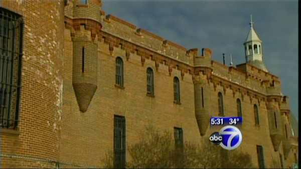Political battle over the Kingsbridge Armory