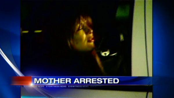 Mom arrested for DWI with kids in car