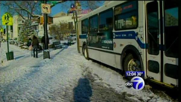 Mayor urges residents to clear sidewalks in preps for icing