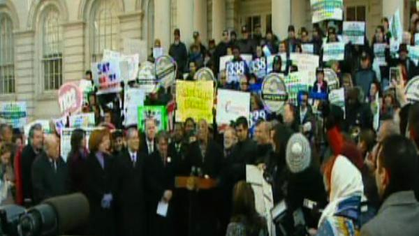 City council holds hearing over NYC Wal-Mart