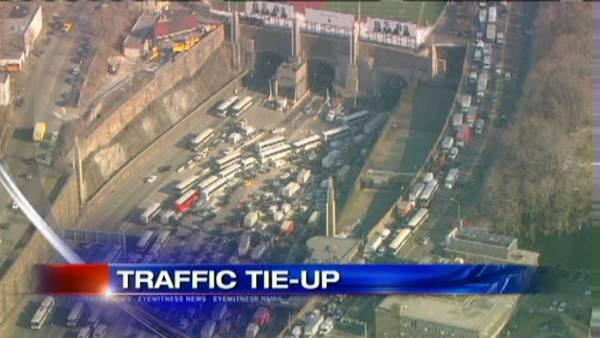 Lincoln Tunnel Accident affects NJ morning commute