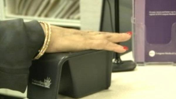 New technology scans patients' palms when admitted to hospital