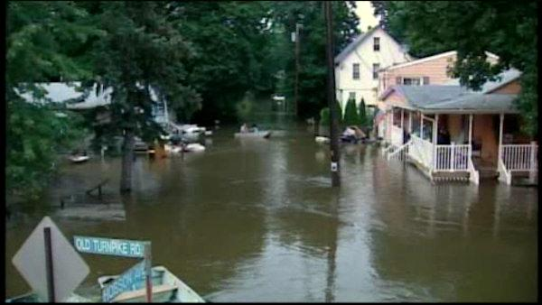 NJ resident still cope with flood after days of rain