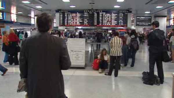 Riders cope with NJ transit delays