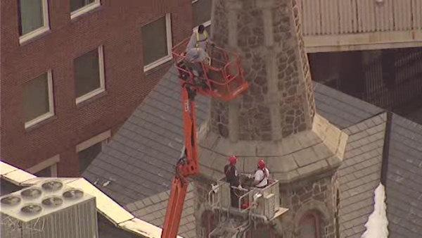 Workers rescued from lift in Morristown, New Jersey