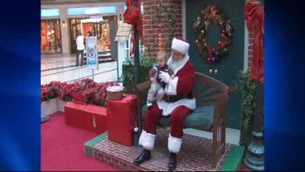Kids with Santa phobia