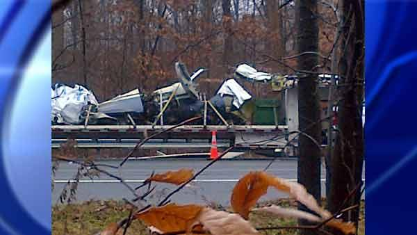 Plane wreckage on I-287