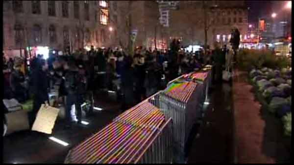 Barricades come down at Zuccotti Park