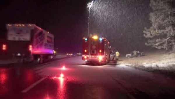 Overnight snow leaves wintry mix on roads