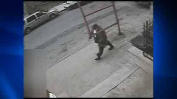 Man exposes himself to girl in Harlem