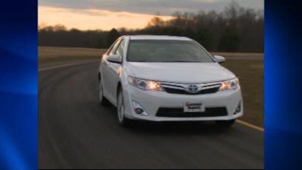 Consumer Reports names top cars of 2012