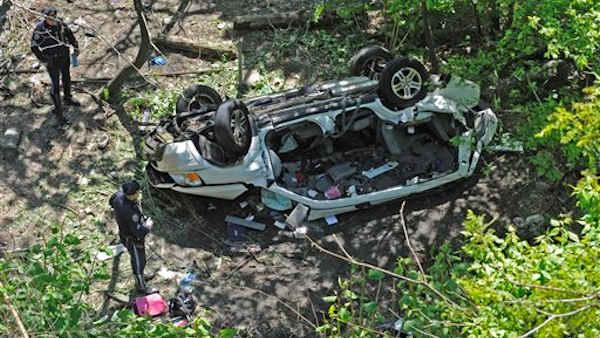 7 people were killed when their van plunged off the Bronx River Parkway