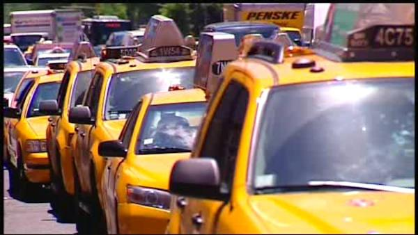 Public weighs in on proposed taxi fare hike