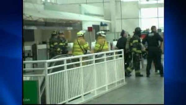 Fire inside Delta terminal at LaGuardia delayed flights