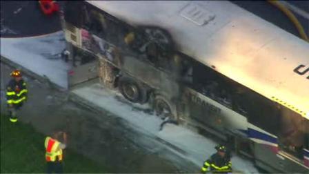 Passengers escape NJ Transit (MCI #7475) bus fire in Old Bridge