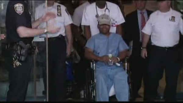 Stabbed MTA officer heads home from the hospital