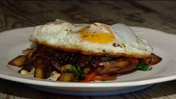 Neighborhood Eats: Duck hash