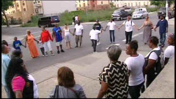 Brooklyn residents call for an end to violence