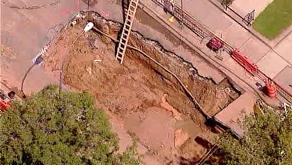Massive sinkhole will take days to fix