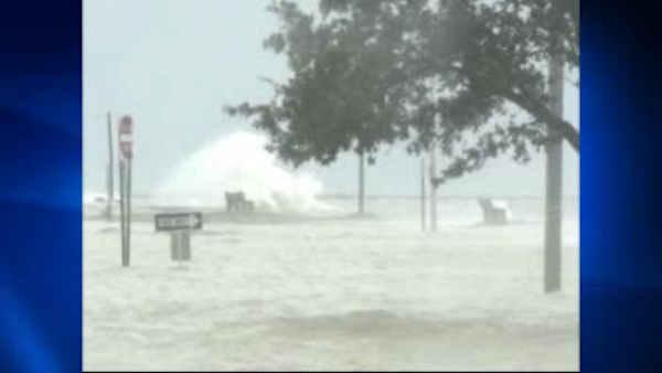 Gulf Coast residents hunker down ahead of Isaac