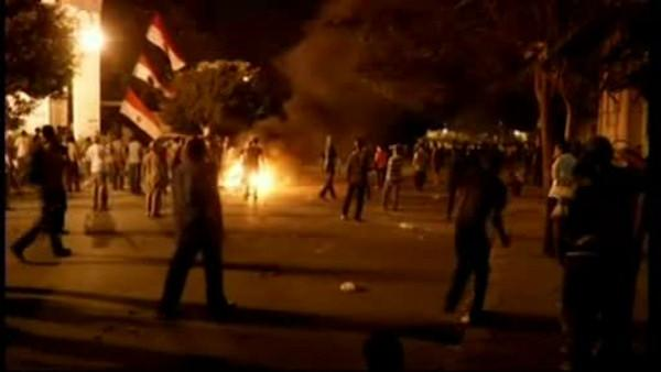 Protestors again threaten the US Embassy in Cairo