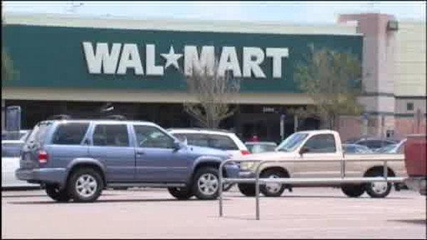 Some Wal-Mart employees plan walkout on Black Friday