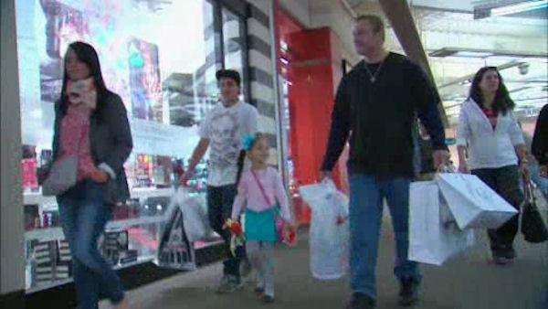 Shoppers hunt for deals on Black Friday
