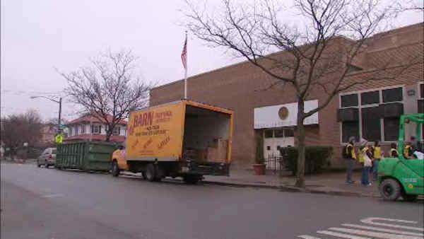 Tests find mold, asbestos in Belle Harbor school