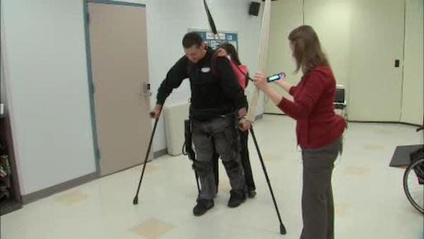 Mt. Sinai Hospital doctors test out a new exoskeleton system