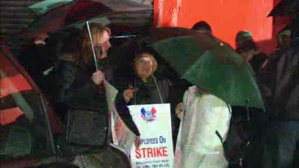 NYC school bus drivers hit the picket lines