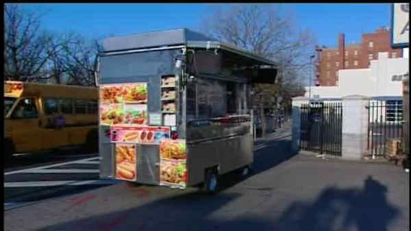 City to target street carts in violation